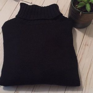 Old Navy black oversized turtleneck sweater